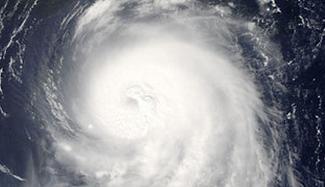 为什么台风眼里反而没有风?