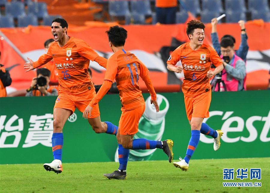 (体育)(7)足球——亚冠联赛:山东鲁能胜韩国庆南FC