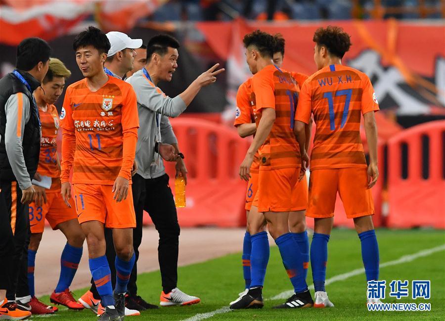 (体育)(6)足球——亚冠联赛:山东鲁能胜韩国庆南FC