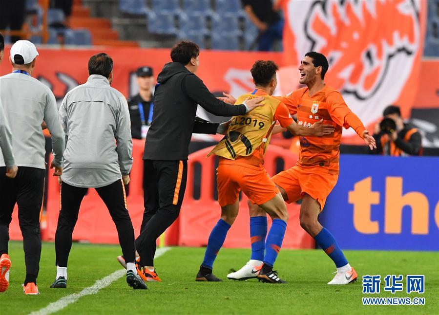 (体育)(9)足球——亚冠联赛:山东鲁能胜韩国庆南FC