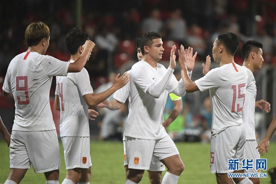 (体育)(31)足球——世界杯预选赛:中国对阵马尔代夫