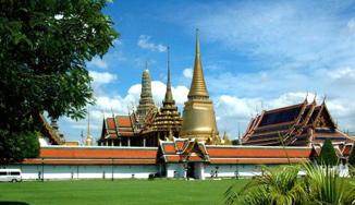 泰国将免除21个国家和地区游客落地签证费政策延长至10月底