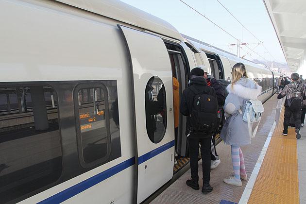 抢抓机遇 绽放精彩———写在京哈高铁北京至承德段通车运营之际(下)